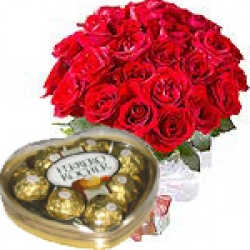 12 Roses Bouquet Red with Ferrero heart chocolate